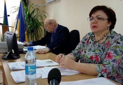 Южноукраинские депутаты созывают внеочередную сессию, что бы отправить в отставку секретаря горсовета Людмилу Дзюбенко (документ) Подробнее читайте на Юж-Ньюз: http://xn----ktbex9eie.com.ua/archives/6179
