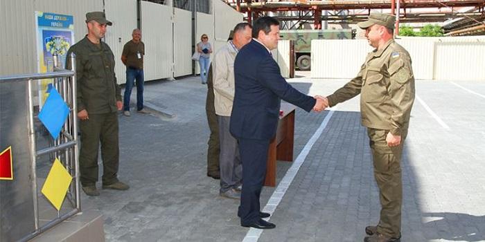 Атомщики поздравили военных Подробнее читайте на Юж-Ньюз: http://xn----ktbex9eie.com.ua/archives/8291