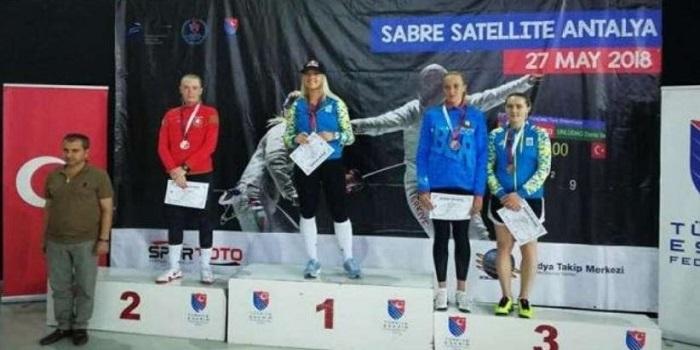 Ольга Харлан выиграла международный турнир по фехтованию в Турции Подробнее читайте на Юж-Ньюз: http://xn----ktbex9eie.com.ua/archives/8236