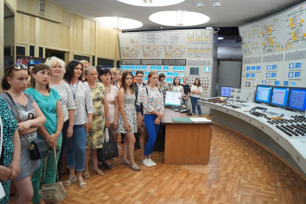 Экскурсия в мир атомной энергии  Подробнее читайте на Юж-Ньюз: http://xn----ktbex9eie.com.ua/archives/9290
