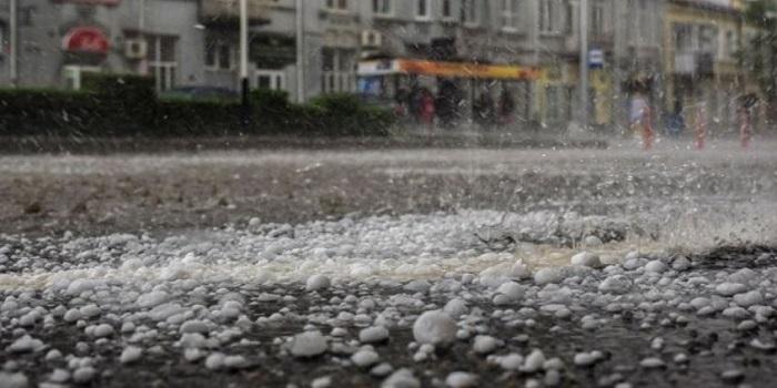 Сегодня Украину зальют дожди, местами с градом Подробнее читайте на Юж-Ньюз: http://xn----ktbex9eie.com.ua/archives/8898