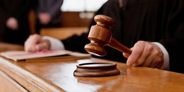 Порошенко не исключает, что может быть представление в КС относительно отмены закона об антикоррупционном суде Подробнее читайте на Юж-Ньюз: http://xn----ktbex9eie.com.ua/archives/10931