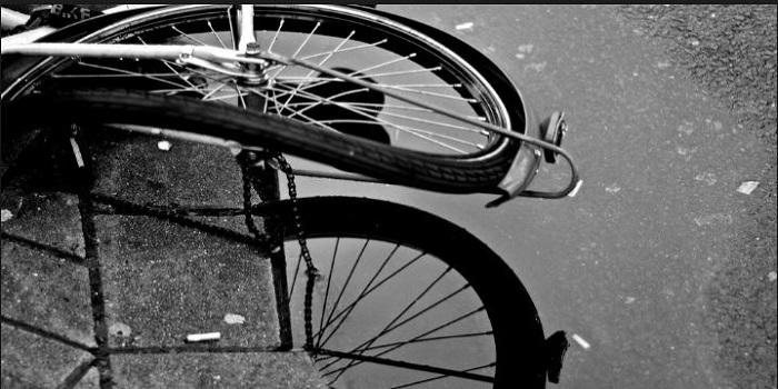 Под Харьковом легковушка сбила колонну велосипедистов, есть жертвы Подробнее читайте на Юж-Ньюз: http://xn----ktbex9eie.com.ua/archives/10942