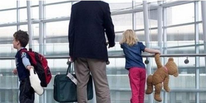 В Украине разрешили вывозить за границу детей без согласия одного из родителей Подробнее читайте на Юж-Ньюз: http://xn----ktbex9eie.com.ua/archives/11929