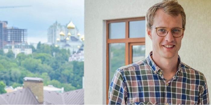 История успеха. Из такси в девелоперы. Как швед построил IT-академию в Украине Подробнее читайте на Юж-Ньюз: http://xn----ktbex9eie.com.ua/archives/15310