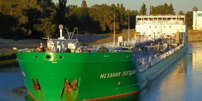 Украина заблокировала российский танкер в Херсоне на три года Подробнее читайте на Юж-Ньюз: http://xn----ktbex9eie.com.ua/archives/18393