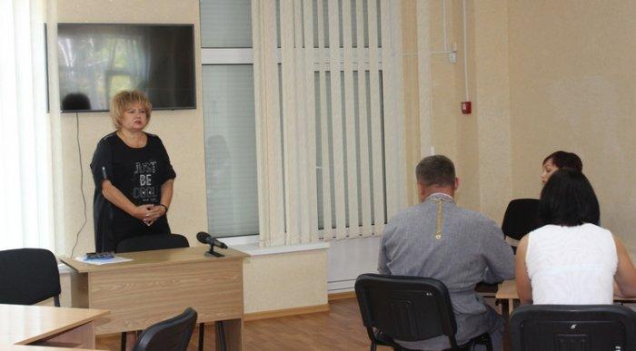 Конкурсная комиссия не поддержала кандидатуру Веры Шикерской на вакантную должность главного врача Южноукраинской больницы (фото)  Подробнее читайте на Юж-Ньюз: http://xn----ktbex9eie.com.ua/archives/17819