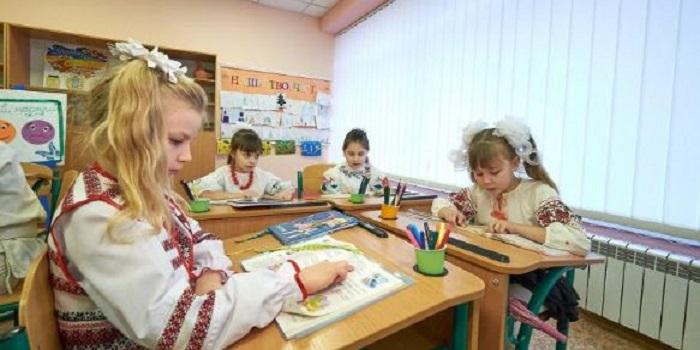 Образование по-новому: какие изменения ждут маленьких украинцев Подробнее читайте на Юж-Ньюз: http://xn----ktbex9eie.com.ua/archives/17103