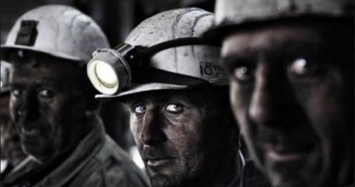АНОНС. В Киев на бессрочную акцию протеста едут шахтеры с Луганщины Подробнее читайте на Юж-Ньюз: http://xn----ktbex9eie.com.ua/archives/16424