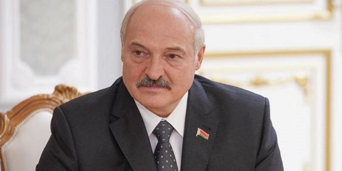 Что стоит за отставкой правительства Беларуси и к чему она приведет. Deutsche Welle Подробнее читайте на Юж-Ньюз: http://xn----ktbex9eie.com.ua/archives/18337