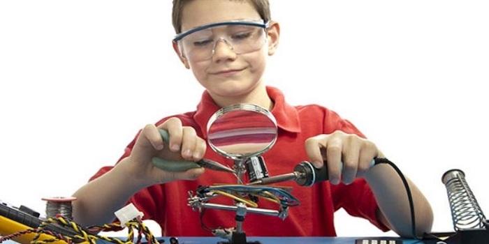 Станция юных техников проводит набор детей Южноукраинска для занятий в кружках и секциях Подробнее читайте на Юж-Ньюз: http://xn----ktbex9eie.com.ua/archives/18510