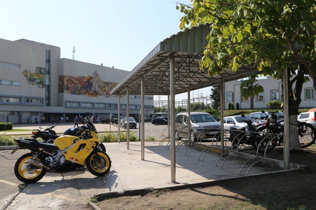 На пристанционной площадке ЮУАЭС заработал новый паркинг для велосипедов  Подробнее читайте на Юж-Ньюз: http://xn----ktbex9eie.com.ua/archives/16122