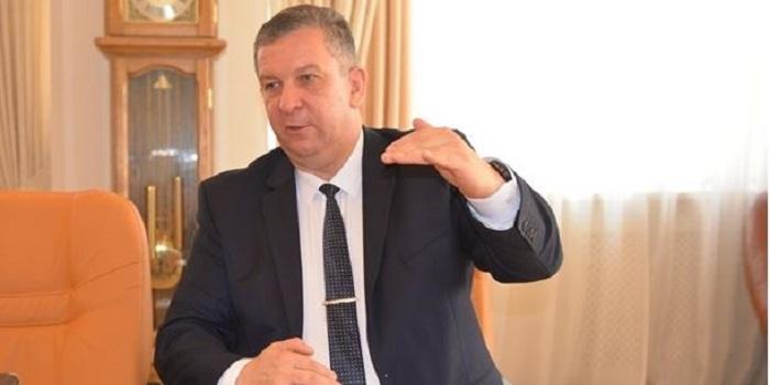 В ВР поддержали увольнение главы Минсоцполитики Андрея Ревы Подробнее читайте на Юж-Ньюз: http://xn----ktbex9eie.com.ua/archives/21109