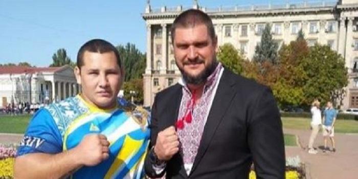 Глава ОГА Савченко пообещал дать ₴280 тысяч с собственных средств для проведения бойцовского турнира по ММА Подробнее читайте на Юж-Ньюз: http://xn----ktbex9eie.com.ua/archives/21949