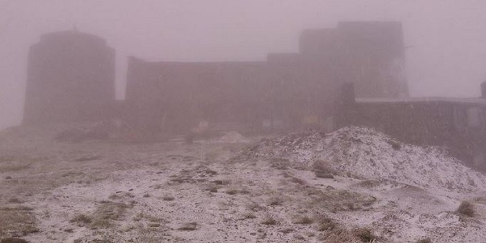 В Украине выпал первый снег (фото) Подробнее читайте на Юж-Ньюз: http://xn----ktbex9eie.com.ua/archives/23474