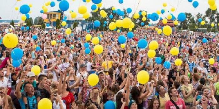 Как будут жить украинцы через 5 лет: МВФ сделал обнадеживающий прогноз Подробнее читайте на Юж-Ньюз: http://xn----ktbex9eie.com.ua/archives/23357
