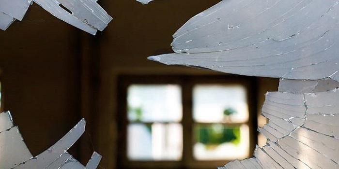 В Керчи В политехническом колледже произошел взрыв, источники сообщают о 10 погибших и полусотне пострадавших Подробнее читайте на Юж-Ньюз: http://xn----ktbex9eie.com.ua/archives/26169