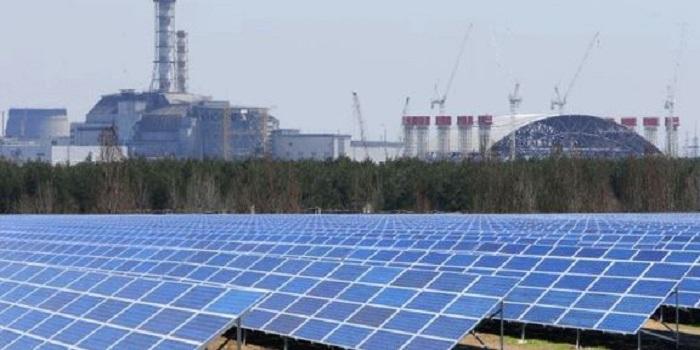 В Чернобыле запустили солнечную электростанцию Подробнее читайте на Юж-Ньюз: http://xn----ktbex9eie.com.ua/archives/25032