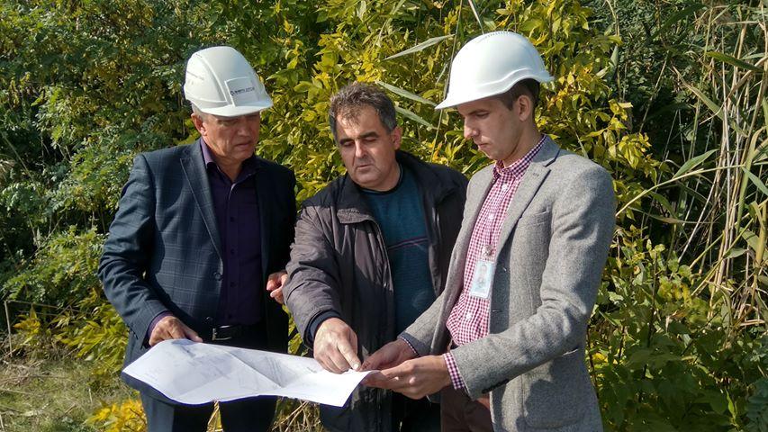 На мосту через Ташлыкский водоем-охладитель ЮУАЭС проводится реконструкция наружного освещения  Подробнее читайте на Юж-Ньюз: http://xn----ktbex9eie.com.ua/archives/25280