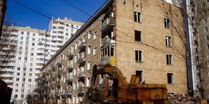 Уже скоро, миллионы украинцев останутся без квартир Подробнее читайте на Юж-Ньюз: http://xn----ktbex9eie.com.ua/archives/24475