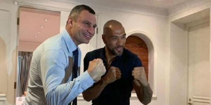 В Киеве будут снимать сериал о боксе Подробнее читайте на Юж-Ньюз: http://xn----ktbex9eie.com.ua/archives/29398