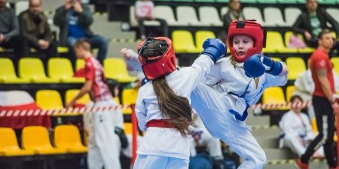 Команда Южноукраинских спортсменов заняла призовые места на Открытом Кубке Европы по Фулл-контакт « Со-каратэ». Фото. Подробнее читайте на Юж-Ньюз: http://xn----ktbex9eie.com.ua/archives/28272