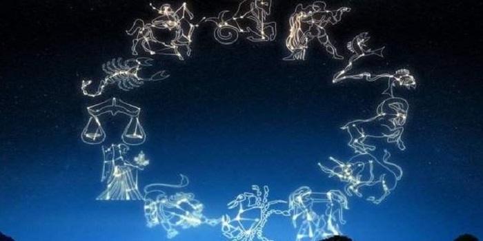 Фавориты звёзд 2019 года. Гороскоп наступающего года. Подробнее читайте на Юж-Ньюз: http://xn----ktbex9eie.com.ua/archives/28174