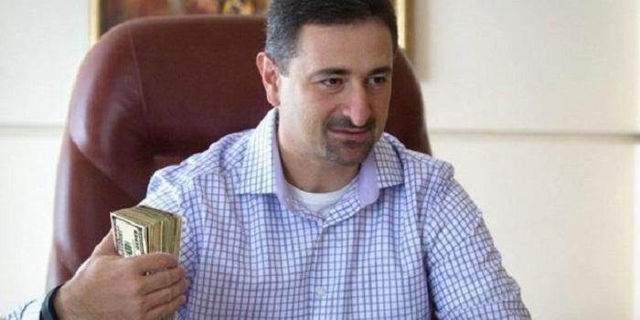 Керівництво збанкрутілої «Укрпошти» щомісяця отримує 6 млн грн зарплати Подробнее читайте на Юж-Ньюз: http://xn----ktbex9eie.com.ua/archives/28757