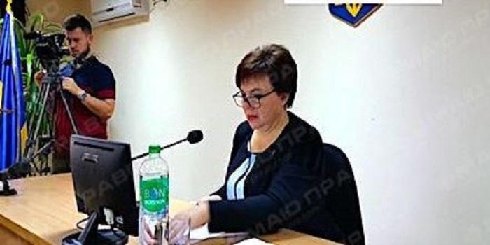 Депутати Южноукраїнської міської ради вимагають скликати сесію, а Дзюбенко відмовляється оприлюднити проект рішення Подробнее читайте на Юж-Ньюз: http://xn----ktbex9eie.com.ua/archives/28535