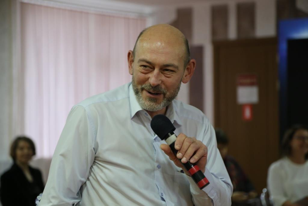 В городе-спутнике Южно-Украинской АЭС состоялось публичное обсуждение вопросов реализации Комплексной программы повышения безопасности АЭС, а также ее плана экологических и социальных мероприятий  Подробнее читайте на Юж-Ньюз: http://xn----ktbex9eie.com.ua/archives/31126