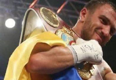 Ломаченко стал обладателем 2 чемпионских поясов в легком весе. Видео. Подробнее читайте на Юж-Ньюз: http://xn----ktbex9eie.com.ua/archives/32715