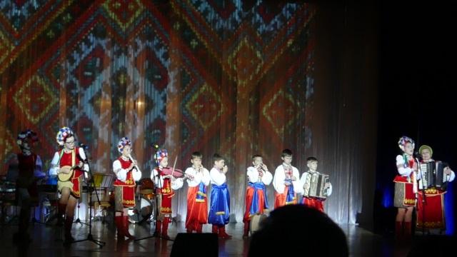 Южноукраїнськ — ВІДБУВСЯ ЗВІТНИЙ ГАЛА–КОНЦЕРТ «ДЖЕРЕЛО ЮНИХ ТАЛАНТІВ». Фото.  Подробнее читайте на Юж-Ньюз: http://xn----ktbex9eie.com.ua/archives/31854