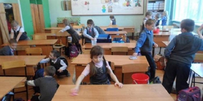 Уборка в школе: в Минобразования объяснили, могут ли ребенка заставить убирать (видео) Подробнее читайте на Юж-Ньюз: http://xn----ktbex9eie.com.ua/archives/32222
