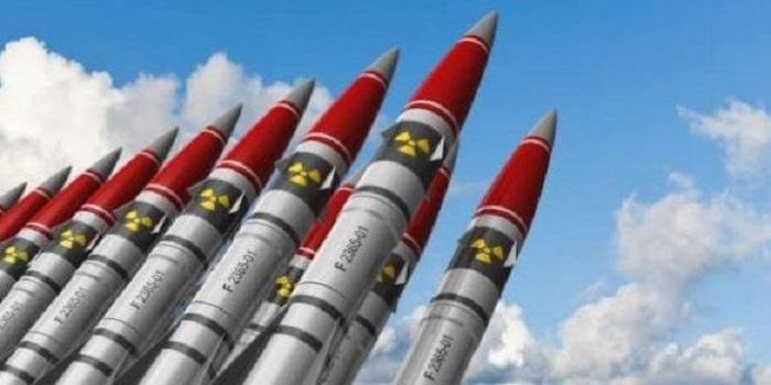 На сайте Президента появилась петиция о восстановлении ядерного статуса Украины Подробнее читайте на Юж-Ньюз: http://xn----ktbex9eie.com.ua/archives/34396