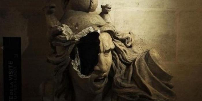 В Париже протестующие разгромили Триумфальную арку Подробнее читайте на Юж-Ньюз: http://xn----ktbex9eie.com.ua/archives/31759