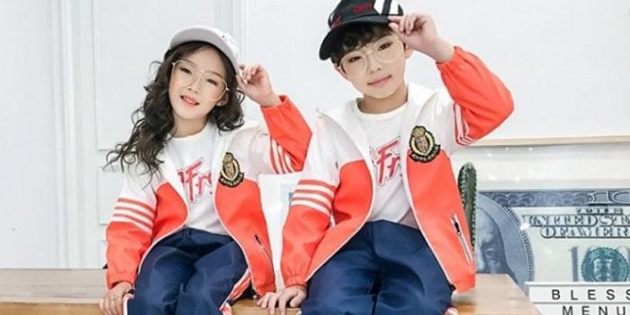 В китайскую школьную форму встроили чипы, сигнализирующие родителям о прогулах у ребенка Подробнее читайте на Юж-Ньюз: http://xn----ktbex9eie.com.ua/archives/35286