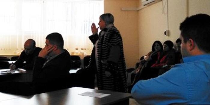 В Южноукраїнську політична криза переросла в бюджетну Подробнее читайте на Юж-Ньюз: http://xn----ktbex9eie.com.ua/archives/38390
