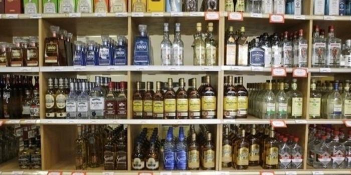 В Киеве охранник украл из магазина виски на полмиллиона гривен Подробнее читайте на Юж-Ньюз: http://xn----ktbex9eie.com.ua/archives/36566