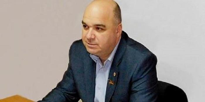 Южноукраинск — Как Горностай сначала создает проблему, а затем решает за деньги Подробнее читайте на Юж-Ньюз: http://xn----ktbex9eie.com.ua/archives/35839