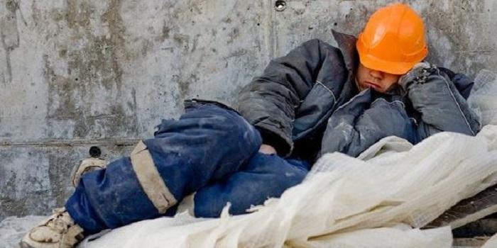 Правительство сделало Украину первой в мире по потере рабочей силы, — «Наш край» требует реального развития экономики и повышения зарплат Подробнее читайте на Юж-Ньюз: http://xn----ktbex9eie.com.ua/archives/37446