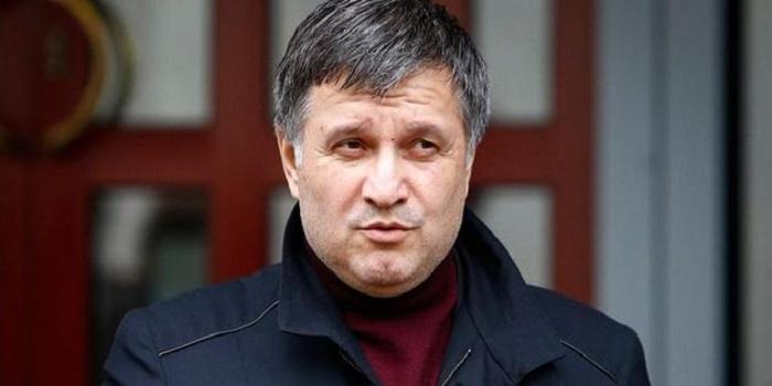 Глава МВД Украины сообщил о нарушениях у всех кандидатов в президенты Подробнее читайте на Юж-Ньюз: http://xn----ktbex9eie.com.ua/archives/37479