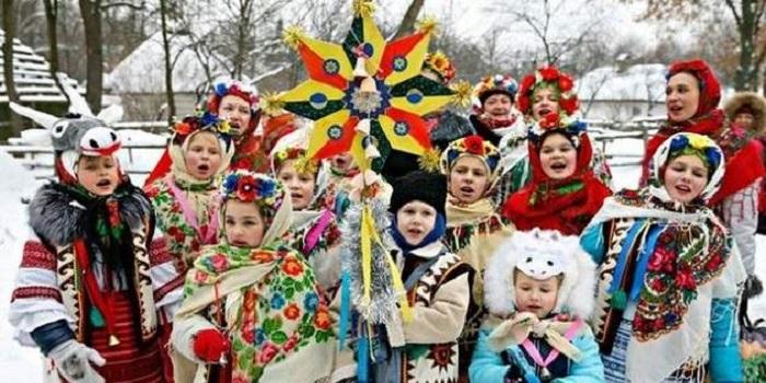 Не перепутать и не забыть: когда колядуют, а когда щедруют и посевают в 2019 году Подробнее читайте на Юж-Ньюз: http://xn----ktbex9eie.com.ua/archives/35922