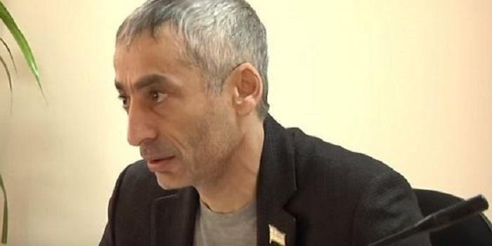Депутат Григорян посетовал на работников Южноукраинского горсовета, препятствующих Пароконному вернуться на должность мэра Подробнее читайте на Юж-Ньюз: http://xn----ktbex9eie.com.ua/archives/41961