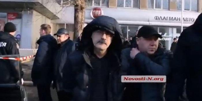 «Я ничего не буду объяснять, это личное»: видео допроса «николаевского стрелка» Подробнее читайте на Юж-Ньюз: http://xn----ktbex9eie.com.ua/archives/38996