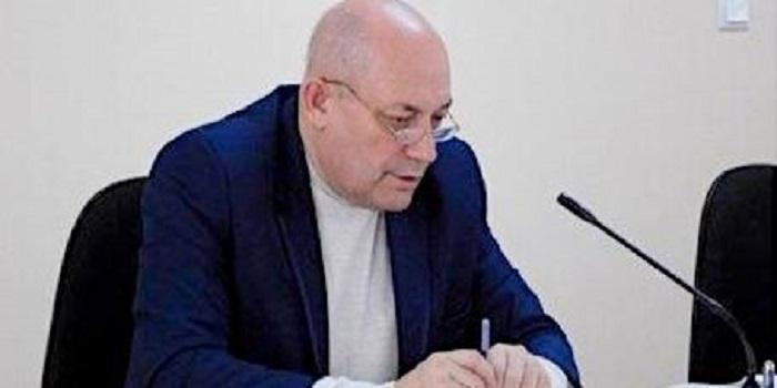 Відновлений судом мер Южноукраїнська звернувся до депутатів Подробнее читайте на Юж-Ньюз: http://xn----ktbex9eie.com.ua/archives/42172