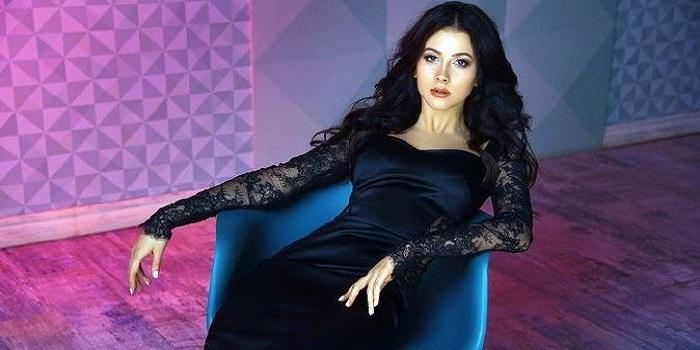 Южноукраинская экс-участница «ВИА гра» начала сольную карьеру с песни о любви ВИДЕО Подробнее читайте на Юж-Ньюз: http://xn----ktbex9eie.com.ua/archives/40041