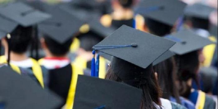 В вузах Украины вводят минимальную стоимость обучения на ряд специальностей Подробнее читайте на Юж-Ньюз: http://xn----ktbex9eie.com.ua/archives/40461