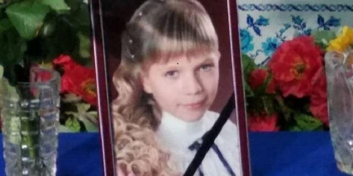 Что натворил ветер за последние два дня – 11-летняя Настя погибла на глазах у матери — В Южноукраинске упала вышка мобильной связи. Фото. Видео. Подробнее читайте на Юж-Ньюз: http://xn----ktbex9eie.com.ua/archives/43894