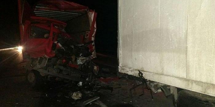 На Николаевщине столкнулись два грузовика — погибли 3 человека Подробнее читайте на Юж-Ньюз: http://xn----ktbex9eie.com.ua/archives/42665