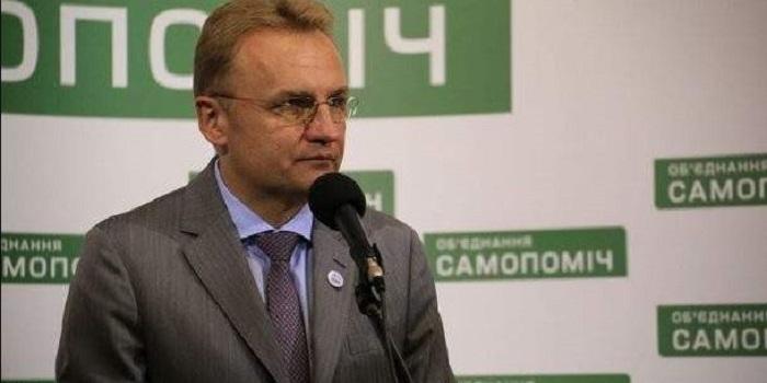 Садовый снялся с выборов в пользу Гриценко Подробнее читайте на Юж-Ньюз: http://xn----ktbex9eie.com.ua/archives/42544